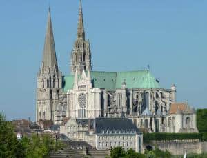 Chartres tour from paris