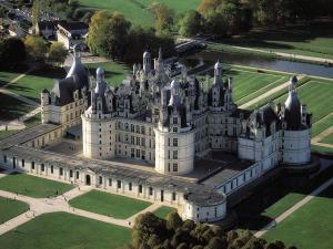 Loire castle tour from paris